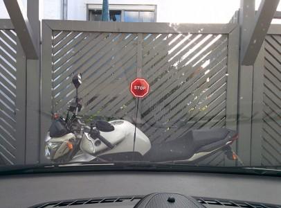 LED Stoppschild Einparkhilfe Lescars